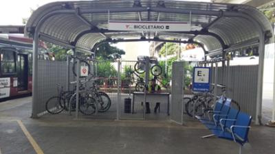 Terminal João Dias conta  bicicletário com controle de acesso